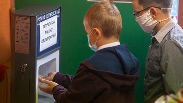 Szkoły podczas pandemii. 1 września, początek roku szkolnego w SP nr 3 w Białymstoku