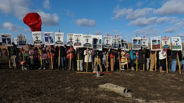 USA. Indianie protestują przeciwko budowie rurociągu obok rezerwatu