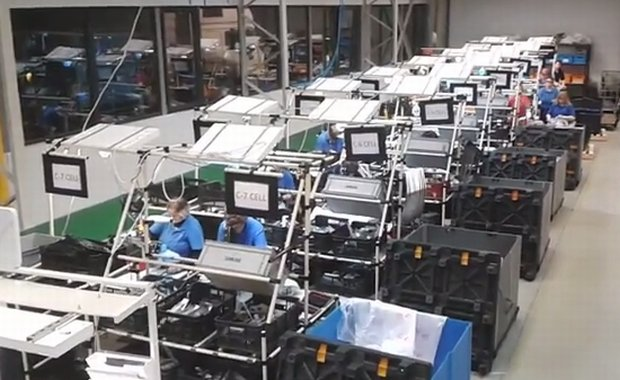 Za karę - miesiąc bez urlopu, w nagrodę - puszka Coca-Coli. W śląskiej fabryce tak motywują pracowników?