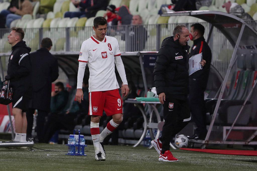 Robert Lewandowski z obolałą nogą zszedł z boiska w końcówce meczu z Włochami