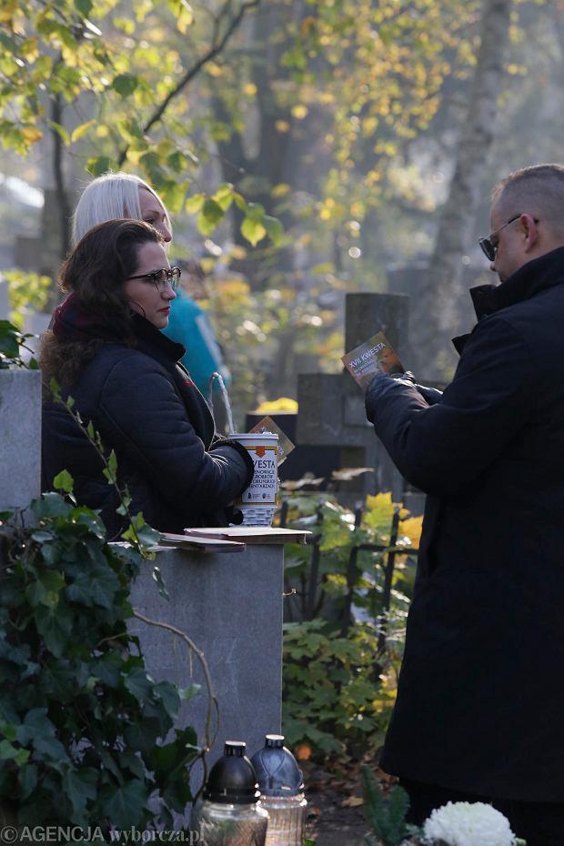 Zdjęcie numer 49 w galerii - Rekordowa kwesta. Na cmentarzu św. Jerzego w Toruniu udało się zebrać 23,5 tys. zł