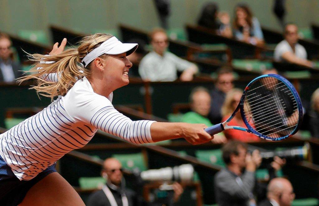 Maria Szarapova w meczu z Lucie Safarovą