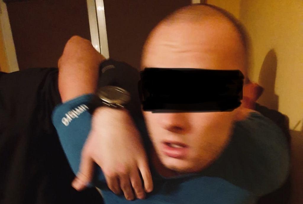 Pobicie policjanta w Kaliszu. Zatrzymano czwartego podejrzanego