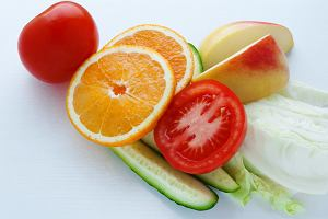 Na czym polega dieta przeciwzapalna? Jakie produkty są dozwolone, a z jakich należy zrezygnować?
