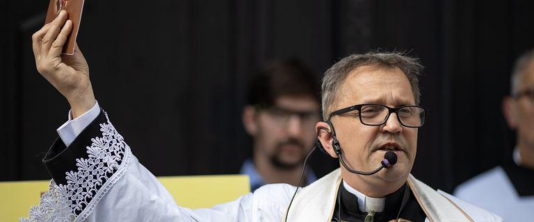 Poznań. Awantura w zakonie salezjanów. Wydalony ksiądz spryskany gazem