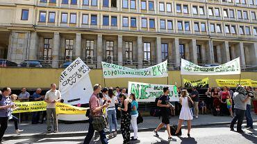 Mieszkańcy Imielina protestują przeciwko planom wydobycia węgla pod ich miejscowością