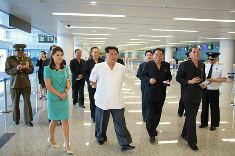 Kim Dzong Un odwiedza nowe lotnisko