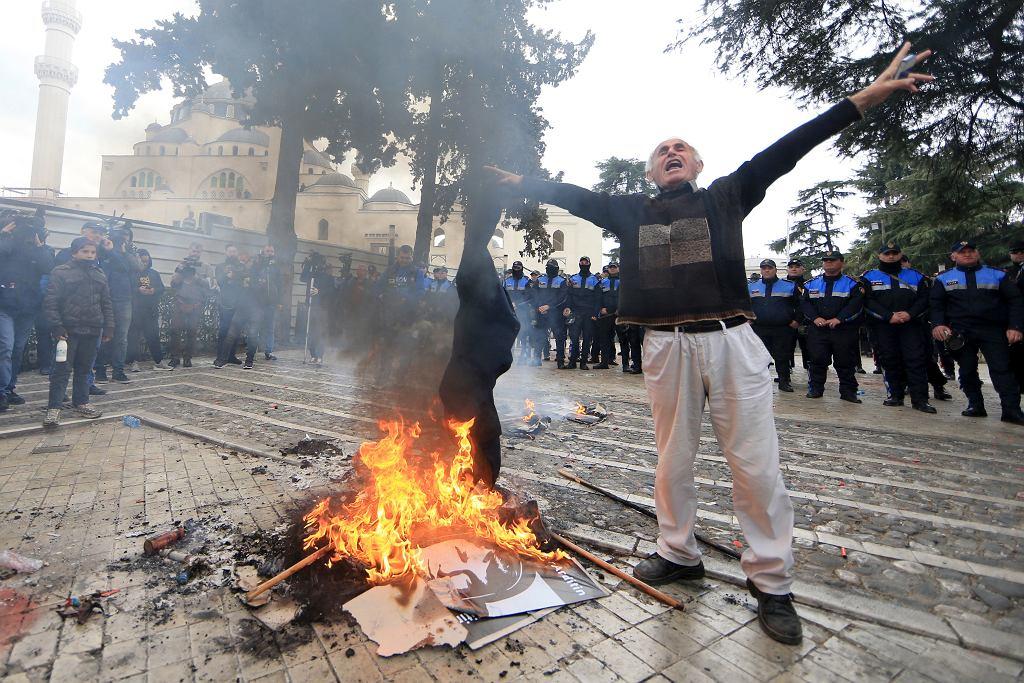 Albania Politics