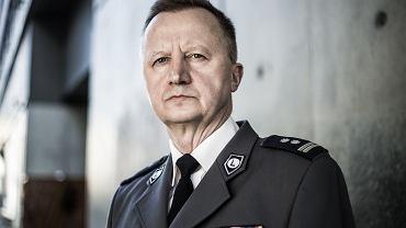 Młodszy inspektor w stanie spoczynku Tomasz Piechowicz.