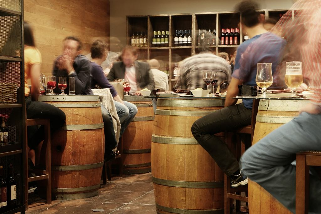 Bar, zdjęcie ilustracyjne