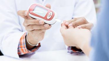 Do tej pory pomiar glukozy we krwi wymagał nakłucia palca
