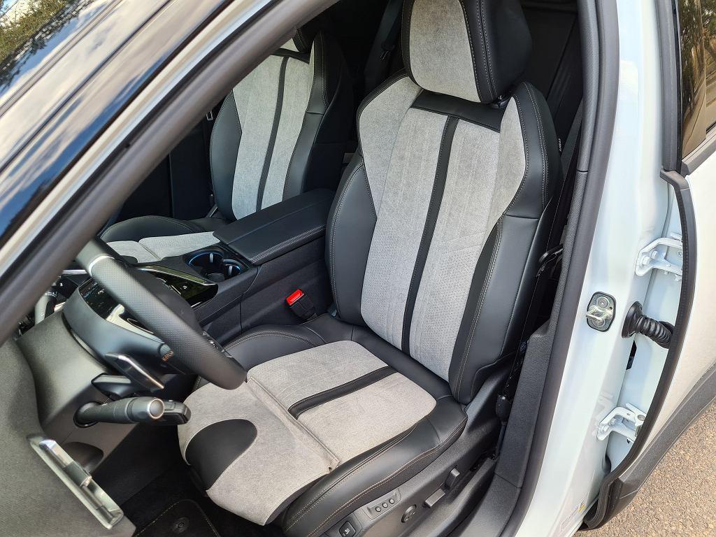 Peugeot 3008 HYbrid4 GT Pack