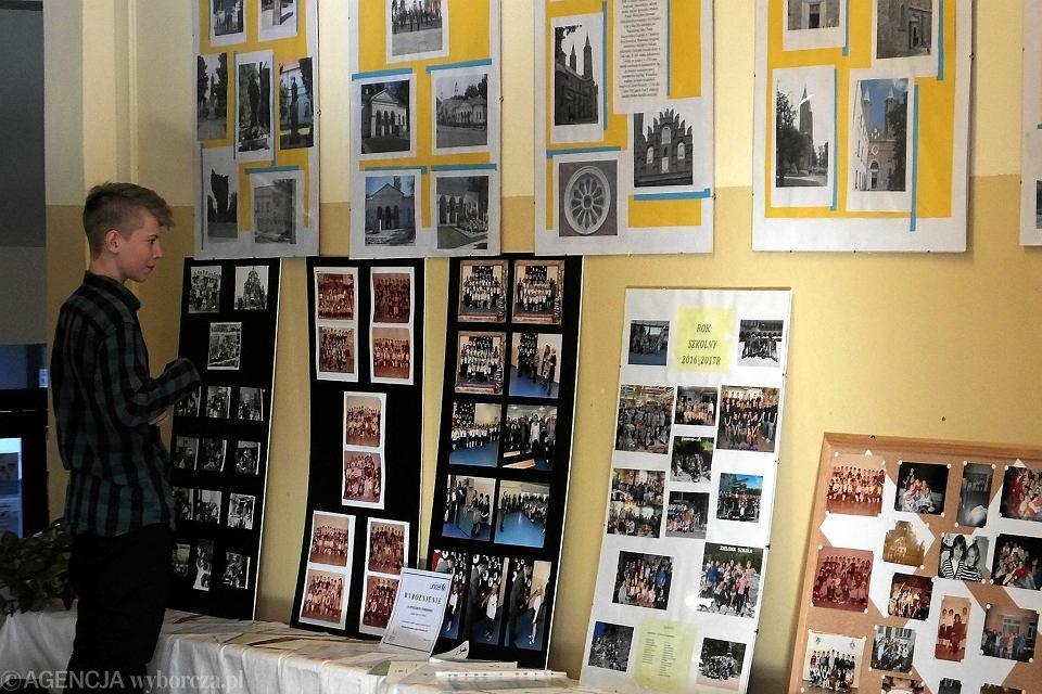 Zdjęcie numer 64 w galerii - Sto lat dla Szkoły Podstawowej nr 21! I Gratulacje z okazji przyznania patrona [FOTO]