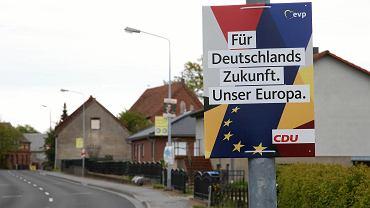 Jeden z wyborczych plakatów CDU przed eurowyborami w Niemczech
