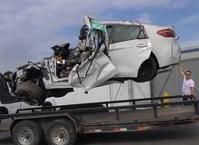 Powypadkowe BMW X6 M powinno trafić na złom. On je naprawia dla ciężarnej żony