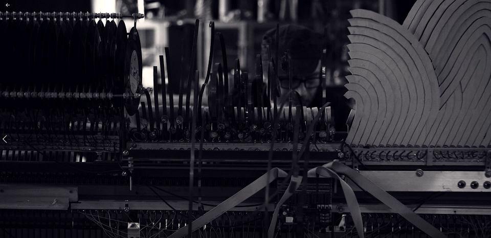 Instrumenty, które zostaną użyte w przedstawieniu 'Fantom Adama'