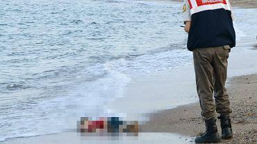 Martwe dziecko wyrzucone na turecki brzeg Morza Śródziemnego