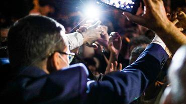 Premier Mateusz Morawiecki w ramach wsparcia kampanii prezydenckiej przed drugą turą wyborów odwiedza Podlaskie. Rozpoczął od spotkania w środę (1 lipca) - niemal w nocy - z mieszkańcami Siemiatycz