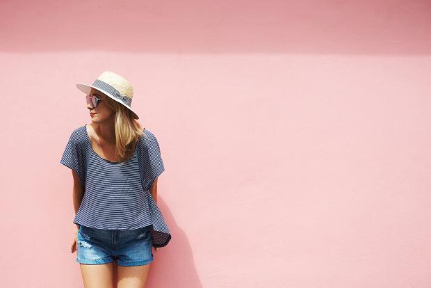 Kapelusz w miejskim stylu - trzy modele idealne na lato