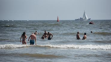 Jak zachowywać się nad morzem, aby nie utonąć?