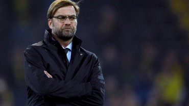 Świeży Juergen Klopp, choć już raczej pogodzony z tym, co musi się stać. Zdjęcie sprzed rewanżowego meczu LM 2014/15 z Juventusem