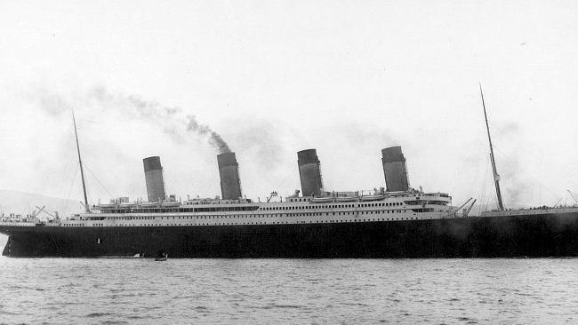 """Wojciech Burszta: Zatonięcie """"Titanica"""" było gotowym scenariuszem mitu"""