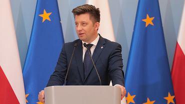 Polska odsprzeda nawet kilkadziesiąt mln szczepionek przeciw COVID-19