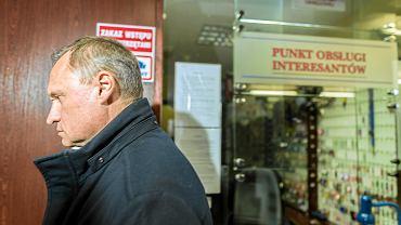 Leszek Czarnecki w drodze na przesłuchanie w prokuraturze w Katowicach