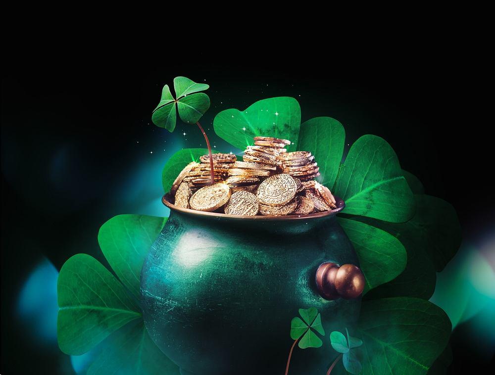 Według legendy Patryk miał użyć koniczyny podczas misji ewangelizacyjnej w Irlandii, aby wytłumaczyć Irlandczykom dogmat Trójcy Świętej. Dziś dzień św. Patryka kojarzymy głównie z kolorem zielonym i piwem