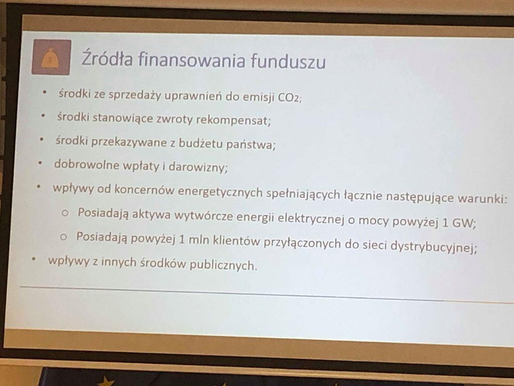 Źródła finansowania rekompensat za wzrost cen prądu, slajd z prezentacji Ministerstwa Energii