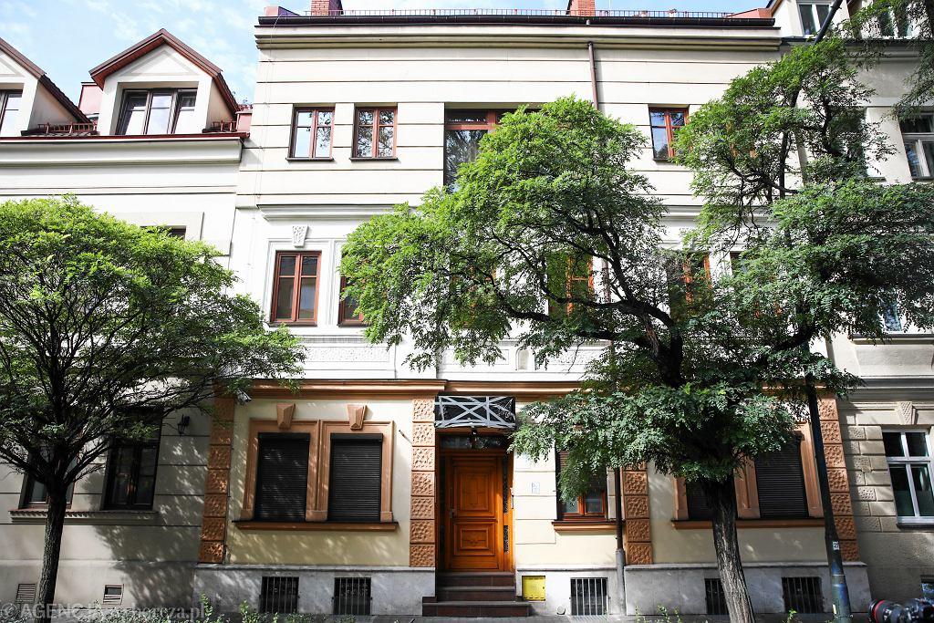 Kamienica którą Marian Banaś wynajmował (dużo poniżej stawek rynkowych) osobom z półświatka. Działał tu 'hotel na godziny'. Kraków 23 września 2019