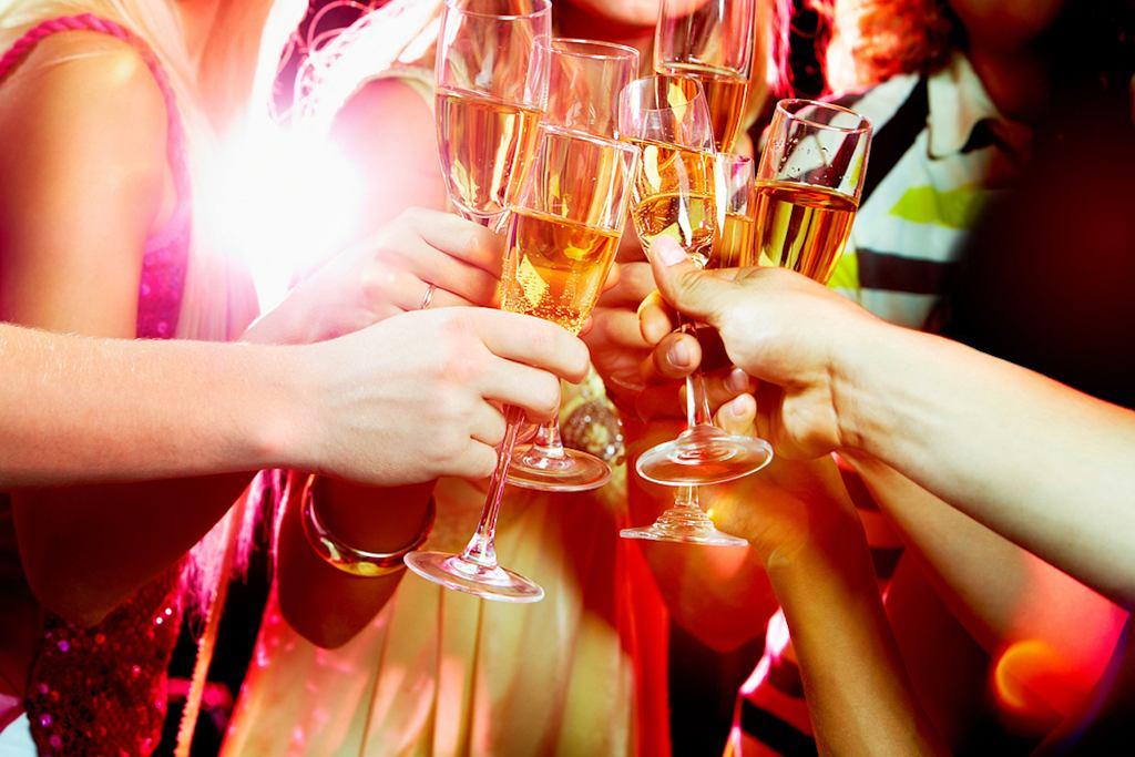 Drinki na sylwestra to nie tylko szampan
