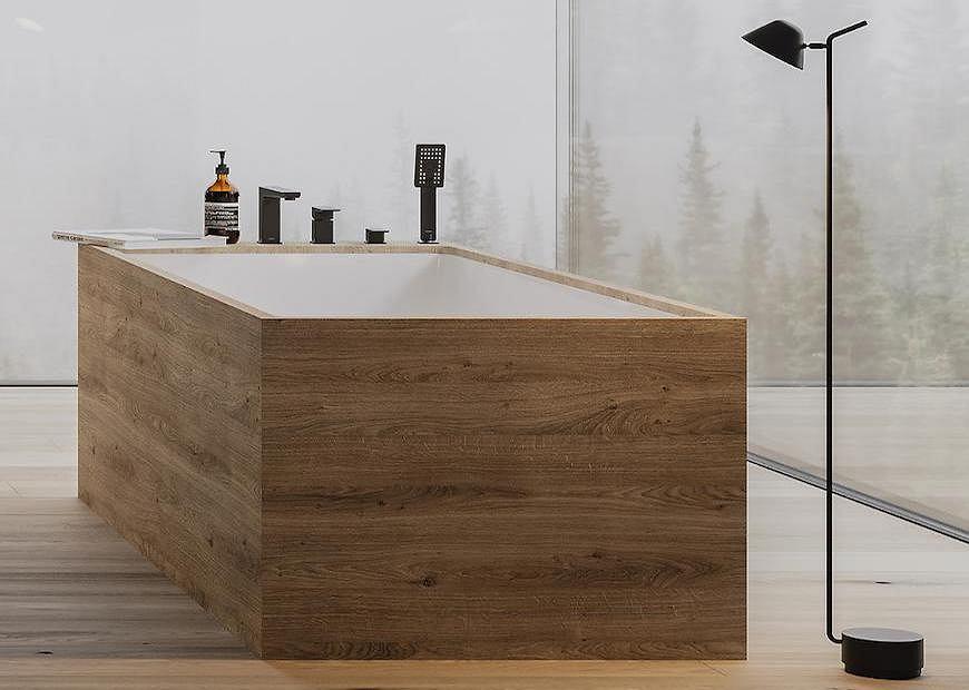 Łazienka z wanną.