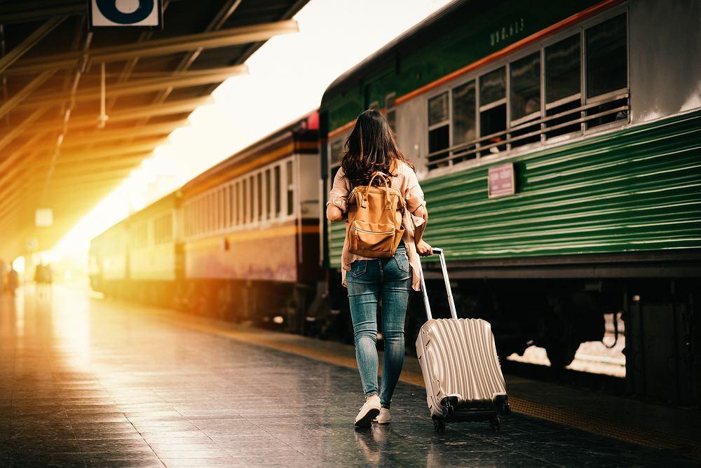 Interrail - co to jest? Sposób, by podróżować po Europie pociągiem. Zdjęcie ilustracyjne