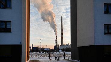 7 stycznia 2019 r., Kraków. Osiedle Centralna Park. Widok na należącą do PGE elektrociepłownię w Łęgu