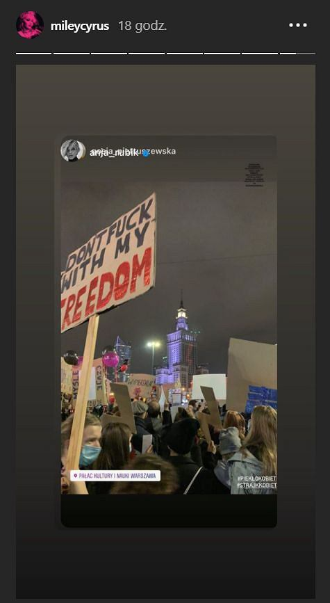 Miley Cyrus wspiera Strajk Kobiet