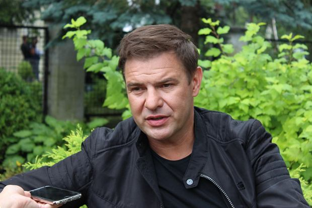 Tomasz Karolak na planie filmu 'Narzeczony na niby'