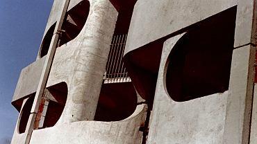 Jadwiga Grabowska-Hawrylak: Budowa wieżowca na placu Grunwaldzkim, 1969-75 (projekt 1963-69)