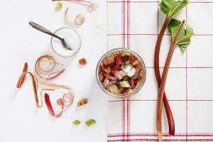 Rabarbar od rana do wieczora - w granoli, lodach, ciastach i deserach