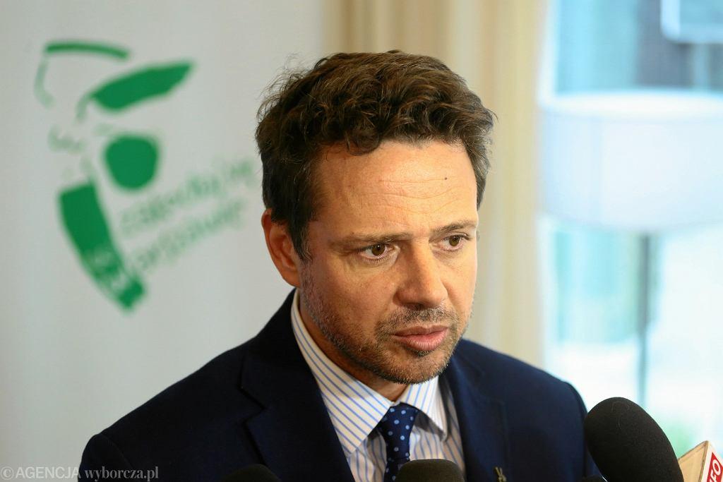 Strajk nauczycieli. Rafał Trzaskowski: Matury w Warszawie są zagrożone