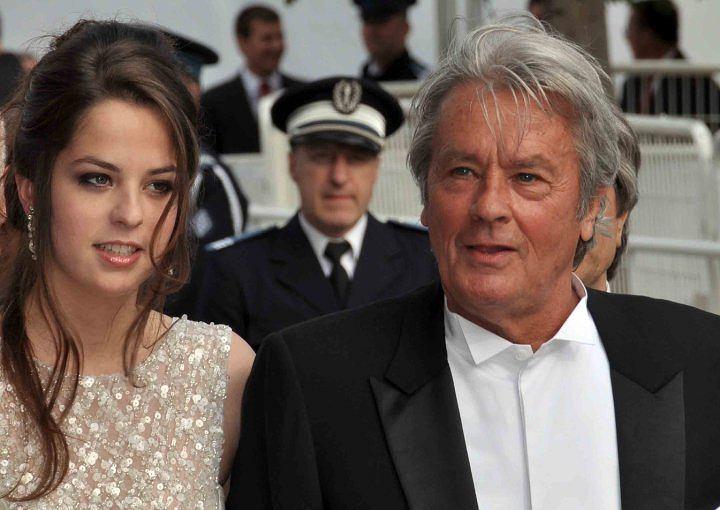 Alain Delon z córką na FF w Cannes w 2010 roku