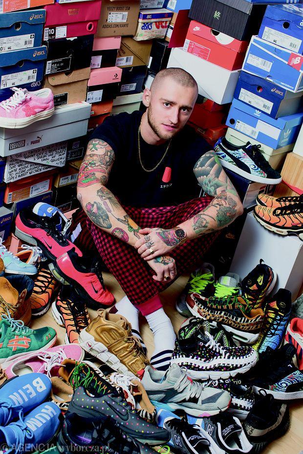 Kamil 'Instabaks': 'Mam bzika na punkcie Japonii i szukam butów z takimi motywami, ale Japończycy są bardzo hermetyczni, więc stamtąd trzeba ściągać buty przez pośredników'.