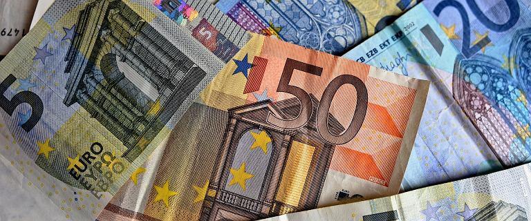 Kursy walut 31.03 o godz. 7. Główne waluty znów drożeją