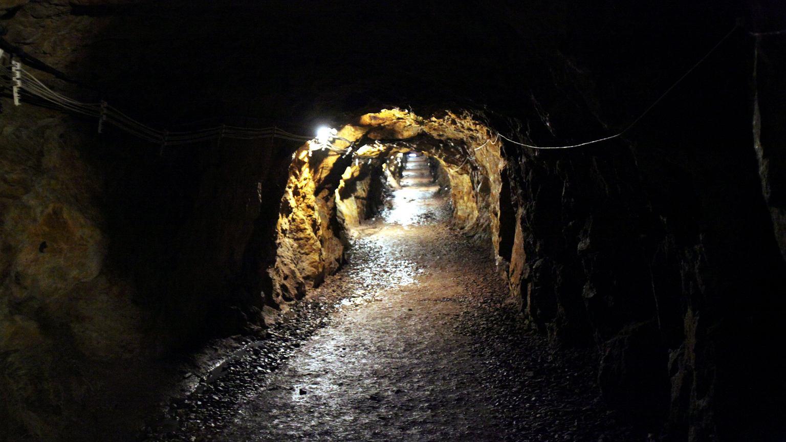 Kompleks Riese to największe budowle podziemne w Górach Sowich