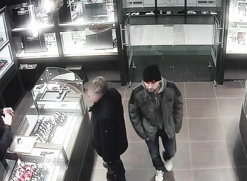 Domniemany sprawca kradzieży w salonie w Arkadii
