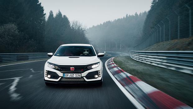 Wideo   Honda Civic Type R detronizuje VW Golfa w Zielonym Piekle