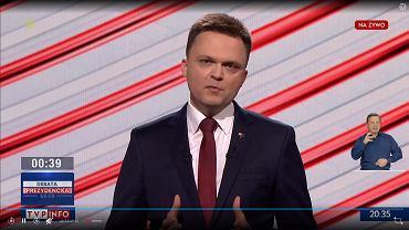 Szymon Hołownia podczas debaty prezydenckiej.