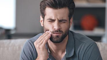Najlepsze domowe sposoby na ból zęba nie zapobiegną  wizycie u dentysty