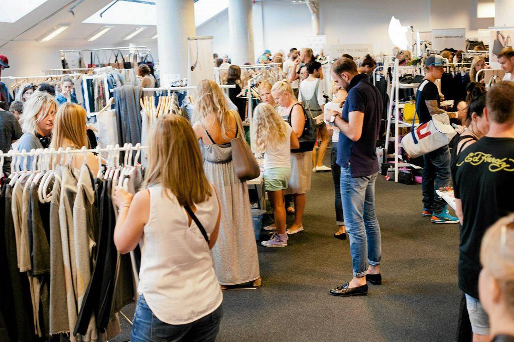 Ubiegłoroczna edycja targów Slow Fashion na Stadionie Narodowym / Fot. Jacek Marczewski / Agencja Gazeta