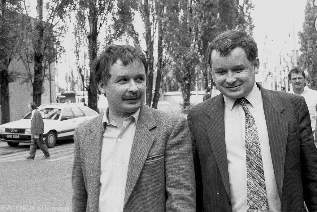 Jarosław Kaczyński i Lech Kaczyński (1990 r.)